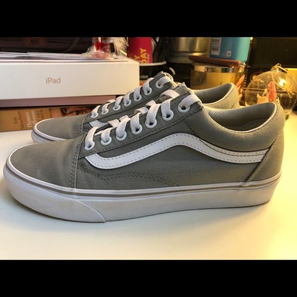 Vans Shoes   Vans Old Skool Size 9